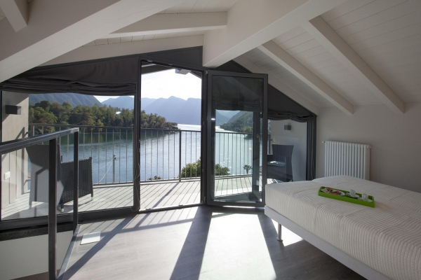 NURITH Windows at Residence Comacina - Ossuccio (Como-Italy)