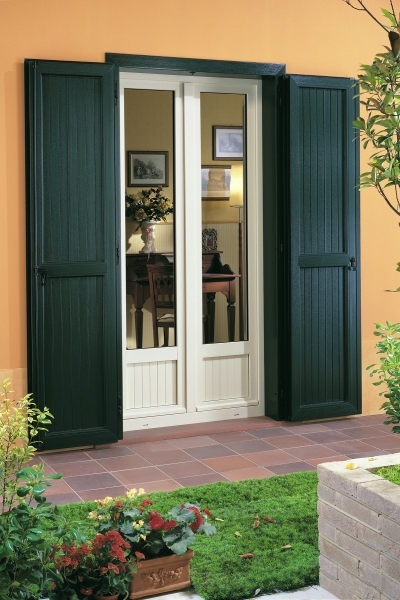 Althea persiana in pvc finestrenurith for Porta finestra d ingresso